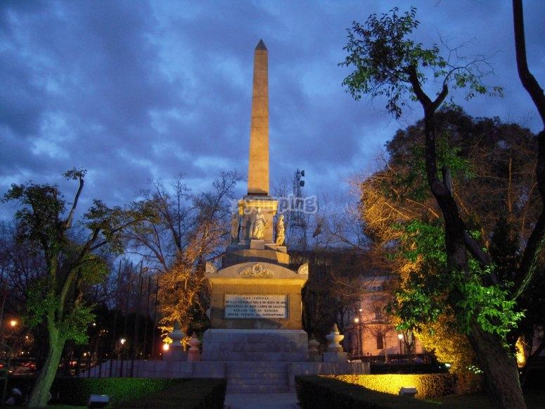 Obelisco del 2 de Mayo