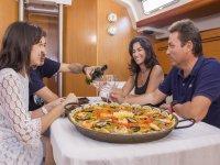Paella en el barco en Tenerife