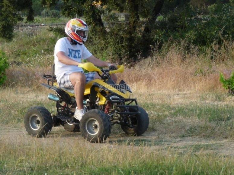 Circuito montando un mini quad