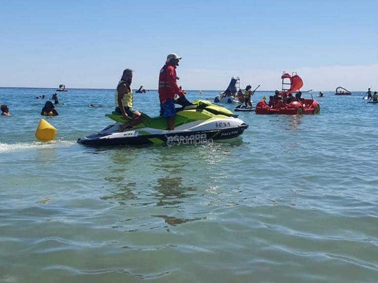 Preparados para la ruta en moto de agua