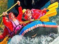 El rafting, un deporte de equipo