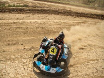 Karting Gran GP en pista de tierra María de Huerva