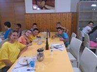 Hora de la comida en el campamento de Cazorla