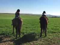 在La Mata的马匹上的Peques
