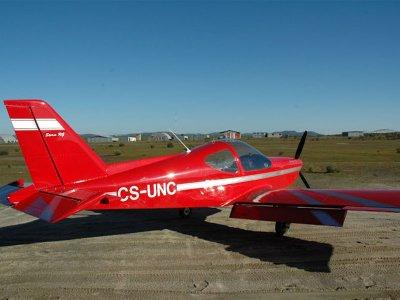 Pilota un aereo attraverso il sud di Cáceres 1 ora