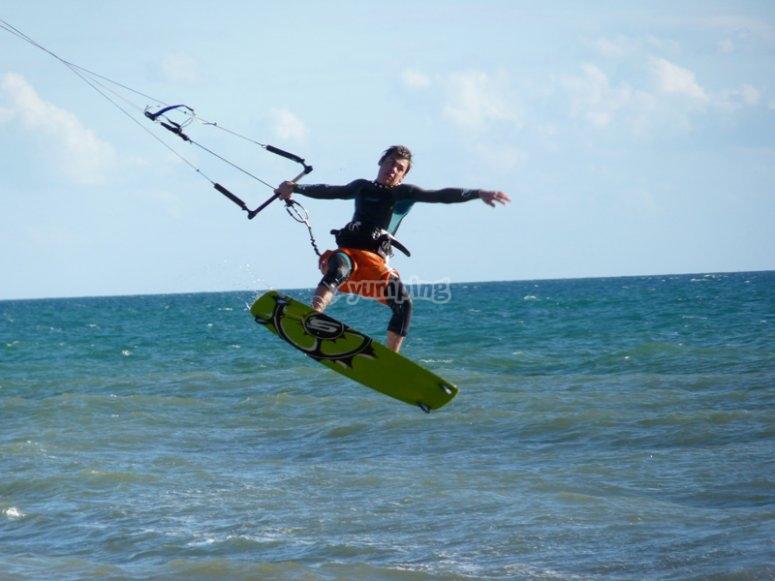 Clase principiantes para kitesurf