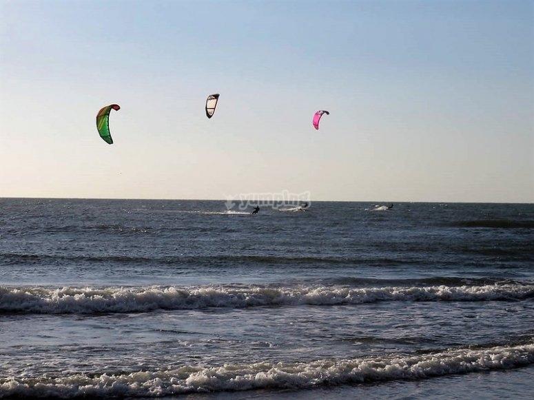 Clases de kitesurf en costa canaria
