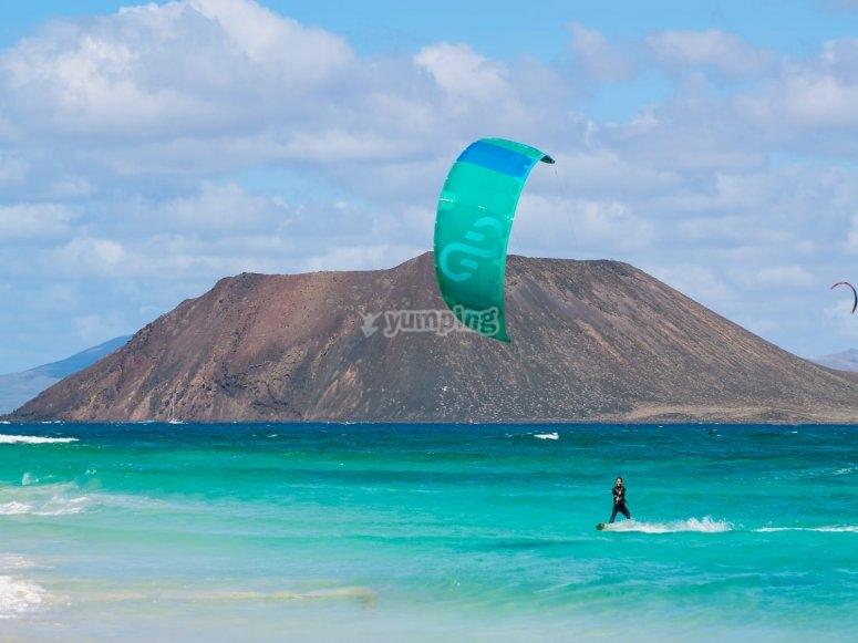 Grupo de excursión en kitesurf