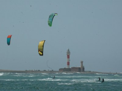 Excursión de kitesurf a Isla de Lobos en Corralejo