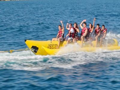 Banana boat en playa de Las Mil Palmeras 15 min