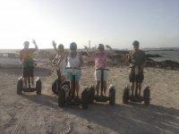 Con los segways en la arena de la playa