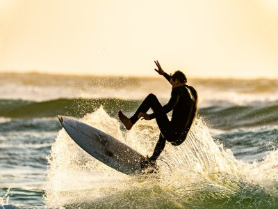 Semi-private surf lessons in Torrevieja 1 hour
