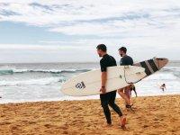 Noleggio attrezzatura da surf nella spiaggia di La Mata 1 ora