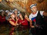 Recorremos cuevas secas y acuáticas