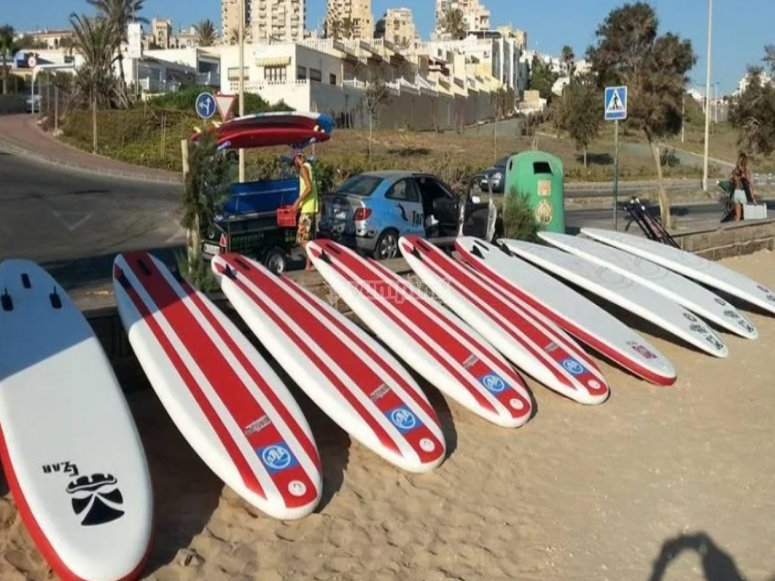 Rental of boards and paddles for paddle surfing in Alicante
