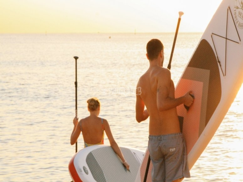 Rental of complete paddle surfing equipment in Alicante