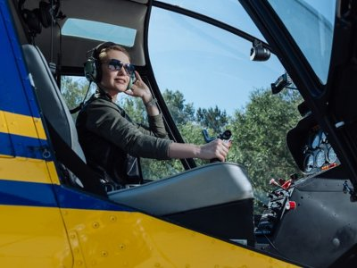 Lugo de Llanera co-pilot helicopter ride