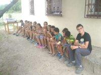 Merendando en el campamento en Cornejo