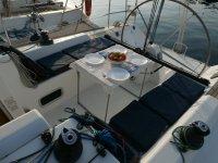 Platos para comer en el barco