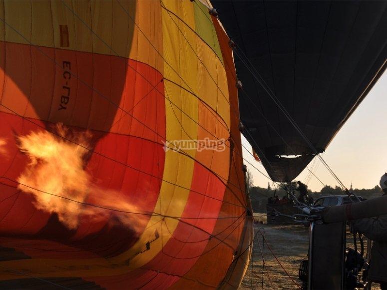Preparing our balloon flight