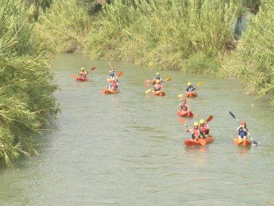 Kayak Río Segura 午餐照片和潜水服