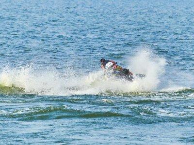 Ruta en moto de agua biplaza a Playa de Barra Vigo