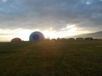 集团在地球上的气球本科
