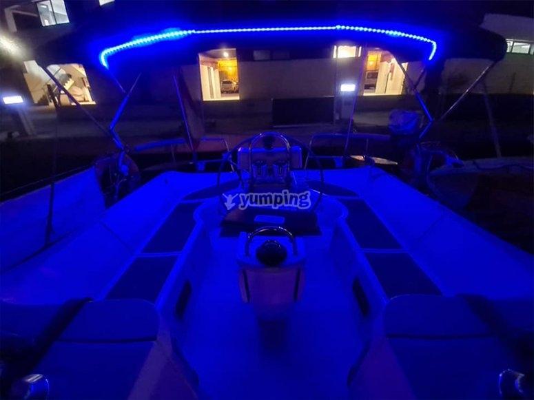 Nuestro party boat listo para la fiesta