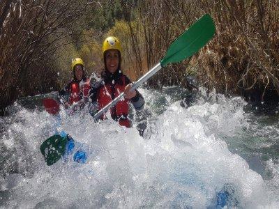 Canoaraft di medio livello attraverso le rapide dell'Alto Tajo