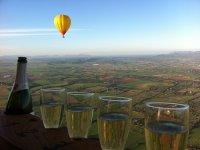 Balloons hot springs in Mallorca