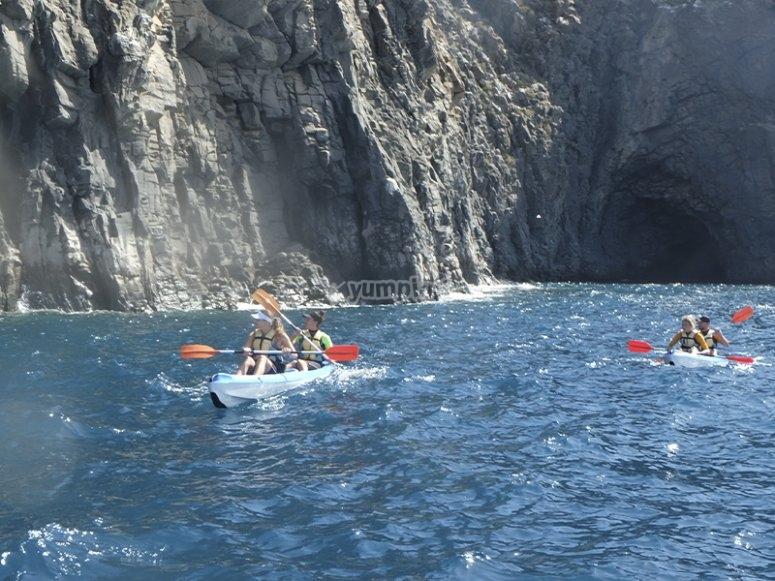 Excursión de kayak con snorkel