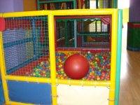 Ball pool for kids