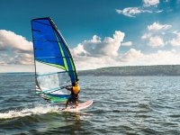 Clase de windsurf en costa de Nigrán 2 horas