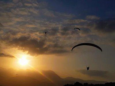 塞拉利昂德拉穆埃拉Alhama de Murcia滑翔伞
