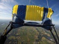 En paracaidas