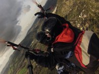 With two-seater paragliding monitor