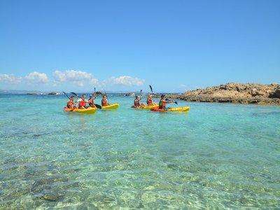 Tour en kayak niños a Punta Prima y Cala Embaster