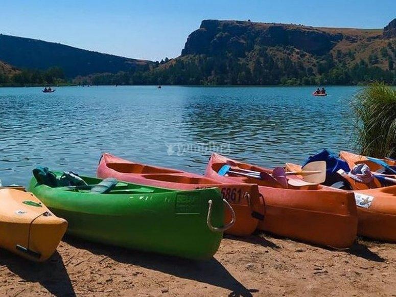 Alquiler de canoa en el embalse de Las Vencías
