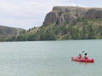 Paseo en canoa por el embalse de Las Vencías