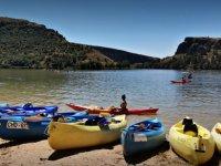 Embalse cercano a Valles de Fuentidueña en kayak