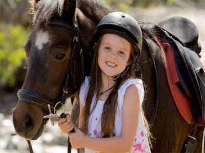 Passeggiate a cavallo lungo i sentieri dei bambini di Arriondas