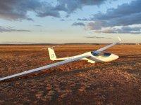 Planeador para vuelo sin motor