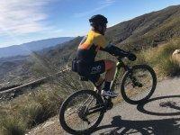 Vistas desde la bicicleta de montaña