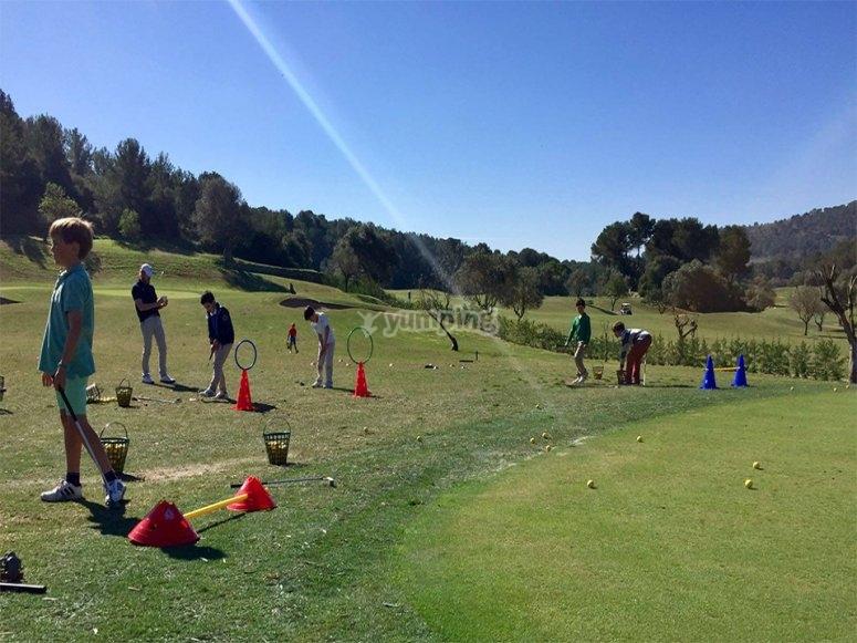 儿童英语高尔夫营
