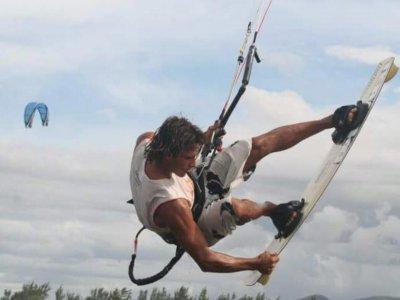 托雷莫利诺斯风筝冲浪课程2天
