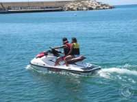 Motos de agua para team building