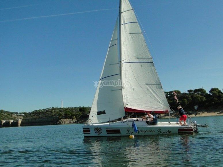 巴塞罗那航海入门课程