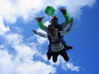 Parachutes opening