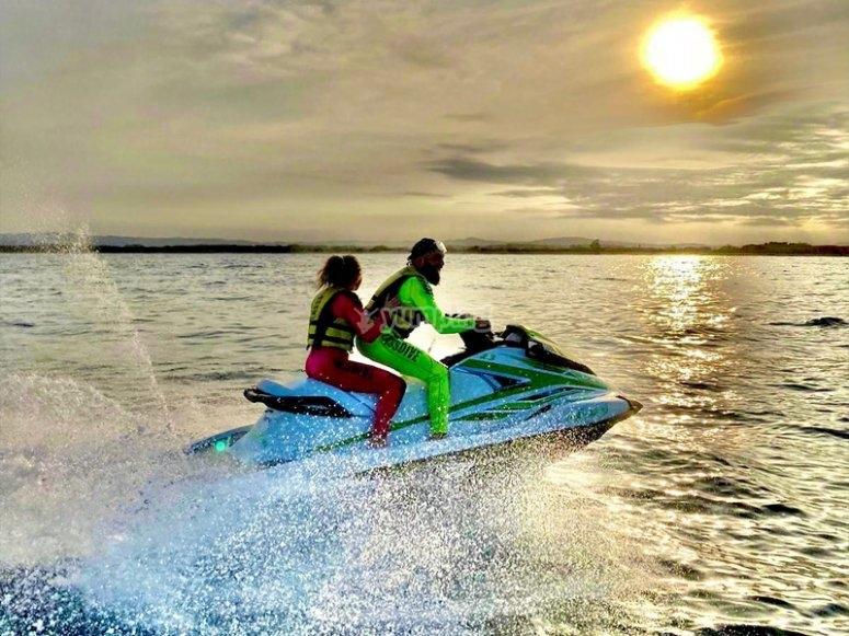 Paseo en moto de agua por la Costa del Garraf