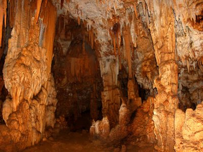 Speleologia nella Grotta del Pando a Ribadesella